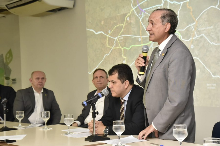 [noticia: crea-participa-de-discussao-sobre-anel-viario-metropolitano] O vereador Anselmo Pereira foi uma das autoridades presentes no encontro - ANEL_VIARIO_METROPOLITANO_02.jpeg