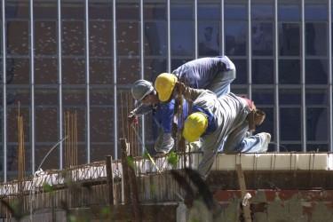 [noticia: confianca-do-empresario-da-construcao-atinge-maior-nivel-desde-2014] Índice de Confiança da Construção chegou a 94,2 pontos (Foto: Elza Fiúza) - construcao_civil-elza_fiuza.jpg
