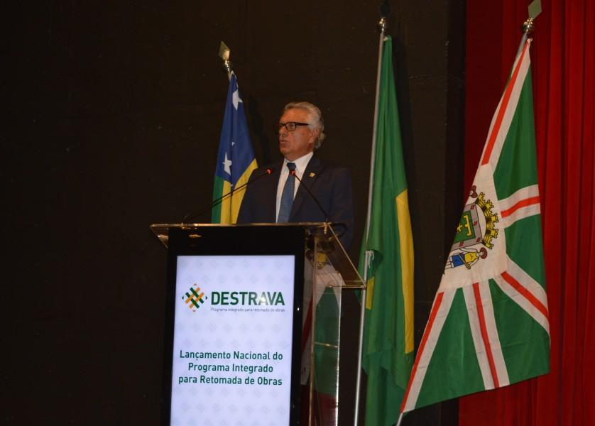 [noticia: projeto-destrava-e-lancado-em-goiania] O governador Ronaldo Caiado (DEM) discursou no evento - CAIADO - PROJETO DESTRAVA.JPG