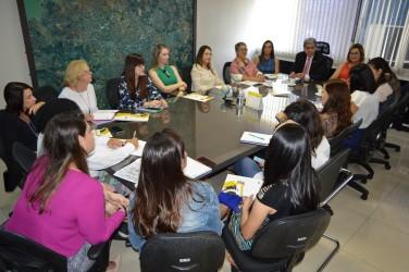 [noticia: francisco-almeida-alinha-acoes-com-mulheres-do-conselho] Presidente alinha ações do Regional goiano com as lideranças femininas - DSC_0041.JPG