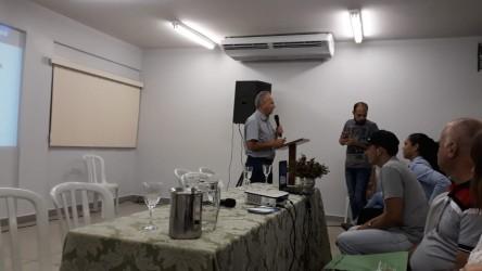 [noticia: representante-do-crea-participa-de-evento-do-curso-de-agronomia-no-if-goiano] Analista Ariston, durante sua apresentação - ARISTON (2).jpeg