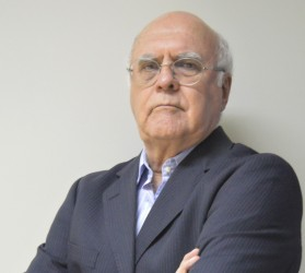 [noticia: estrada-de-ferro-sem-ferrovia] O Eng. Civ. Antonio de Pádua Teixeira é assessor técnico do Crea-GO - Eng. Civ. Antonio de Pádua Teixeira - site.JPG