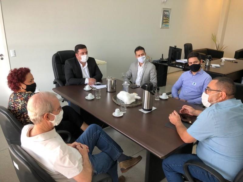 [noticia: emater-e-crea-go-unem-forcas] Reunião acorreu na sede da Emater, em Goiânia - Foto 01_Emater.jpg