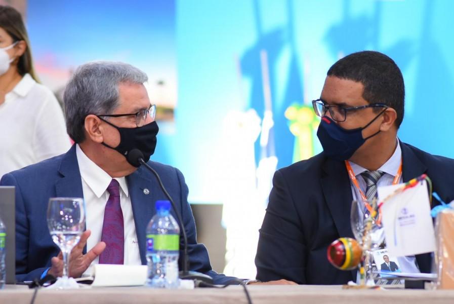 [noticia: salvador-recebe-colegio-de-presidentes] Francisco Almeida e Joseval Carqueija - CP_DIA01_04.jpg