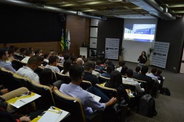 """[noticia: sede-do-conselho-recebe-novos-profissionais] Eng. Eletric. Emely Gomes fala sobre """"Ética, Legislação e Valorização Profissional"""" - CARTEIRAS_1.JPG"""