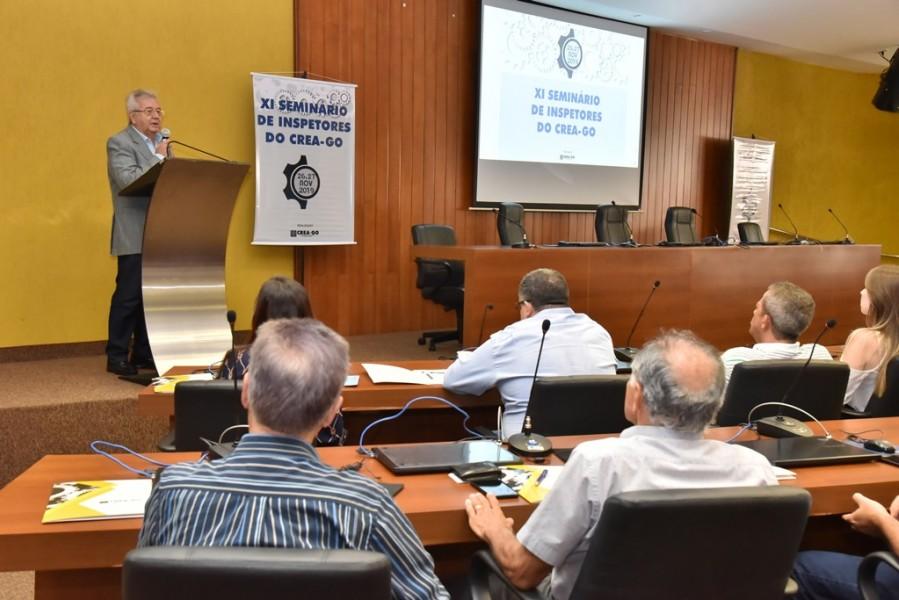 [noticia: crea-promove-o-xi-seminario-de-inspetores] Ricardo Veiga destaca ser importante visualizar a modificação que tem sido observada no Sistema Confea/Crea e Mútua - SEMINÁRIO_1.jpg
